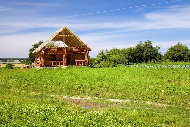 Een nieuw huis bouwen vanuit bars
