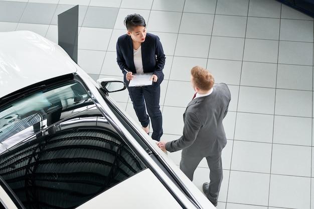 Een nieuwe auto kopen