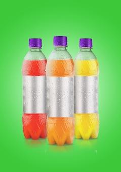 Een onregelmatig gevormd plastic sodaor mineraal fles gekleurd oppervlak