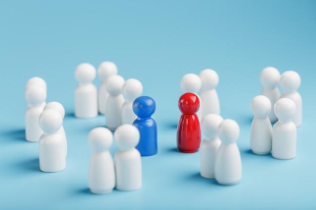 Een partner kiezen voor een relatie uit zo'n omringende menigte mensen.
