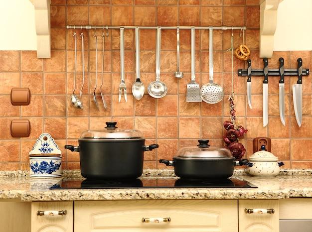 Een prachtige nieuwe maar toch niet moderne keuken, mooie heldere kleuren