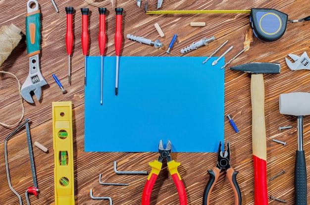 Een reeks werkende hulpmiddelen voor het uitvoeren van huishoudelijke taken