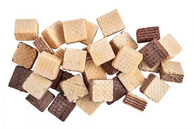 Een stapel gemengde geassorteerde kubussen wafer koekjes