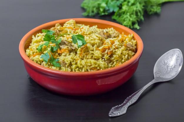 Een traditioneel gerecht uit de aziatische keuken.