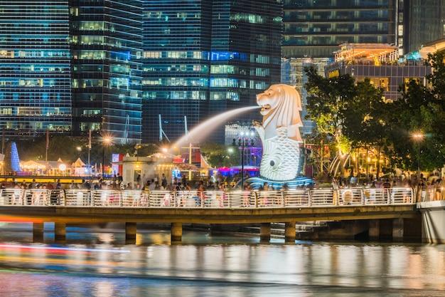 Een van de iconische van singapore gelegen aan de marina bay