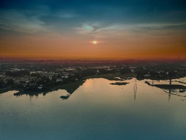 Een vogelperspectief van zonsondergang dhaka bangladesh