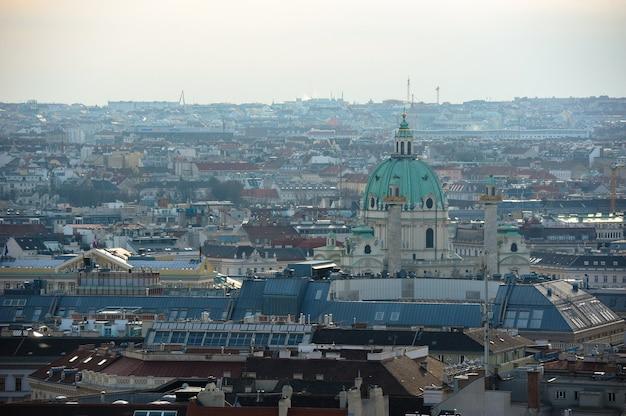 Een weergave van de oostenrijkse hoofdstad wenen van bovenaf.