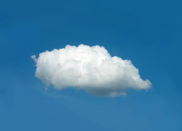 Een witte wolk in de blauwe lucht