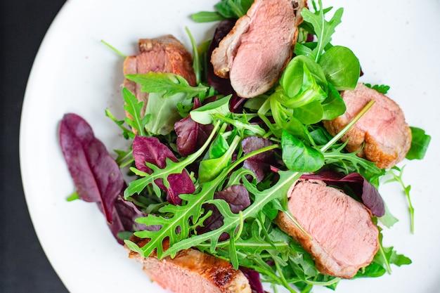 Eendenborst salade mix groene slablaadjes