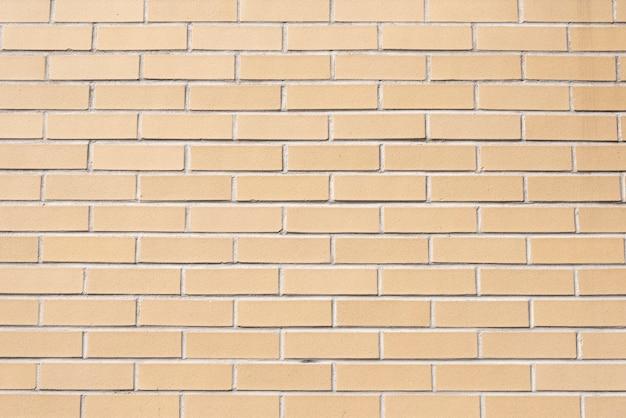 Eenvoudige muur gemaakt van bakstenen