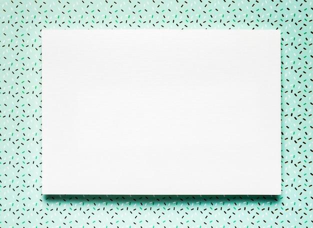 Eenvoudige trouwkaart met groenblauw achtergrond