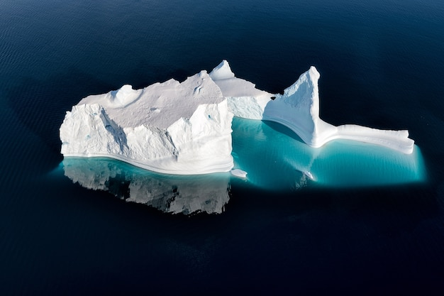 Eenzame ijsberg