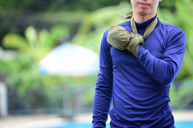 Eerste hulp training linkerhand en verheffen