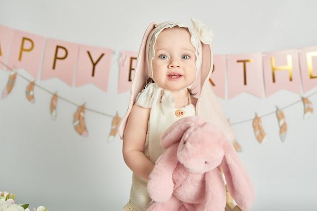 Eerste verjaardag meisjes, decor in roze kleuren