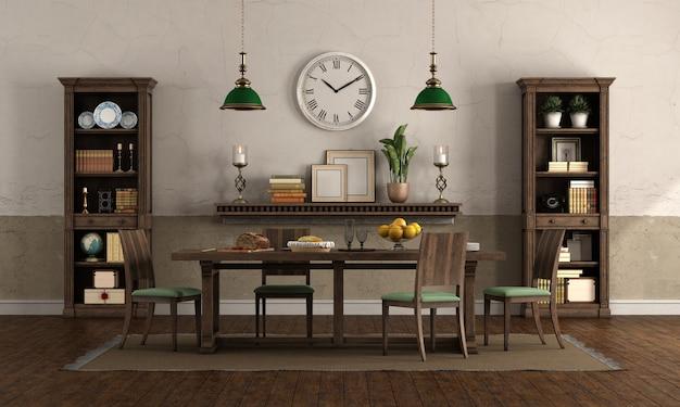 Eetkamer in rusische stijl met houten meubilair