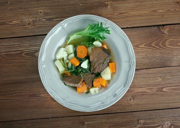 Eeuwigdurende stoofpot verschillende ingrediënten kunnen worden gebruikt in eeuwigdurende stoofpot