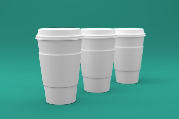 Effen witte koffiekopje geïsoleerd op gekleurd oppervlak