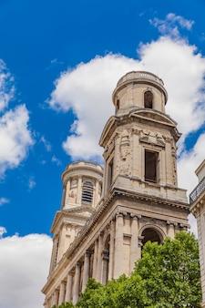 Eglise saint-sulpice in parijs
