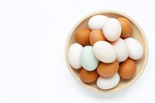 Eieren op wit