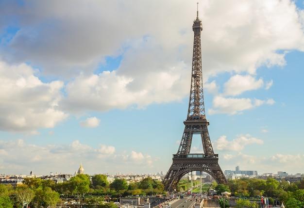 Eiffeltour vanaf de heuvel trocadero, parijs, frankrijk
