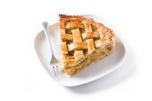 Eigengemaakte appeltaartplak die op wit wordt geïsoleerd