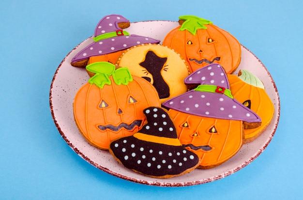 Eigengemaakte peperkoek met beelden voor halloween