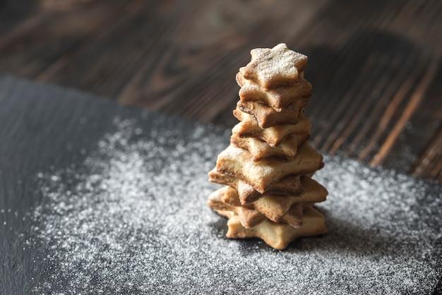 Eigengemaakte poedervormige kerstboom