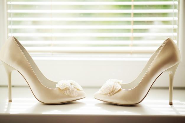 Elegante en stijlvolle bruidsschoenen.