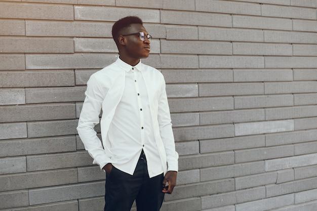 Elegante zwarte man