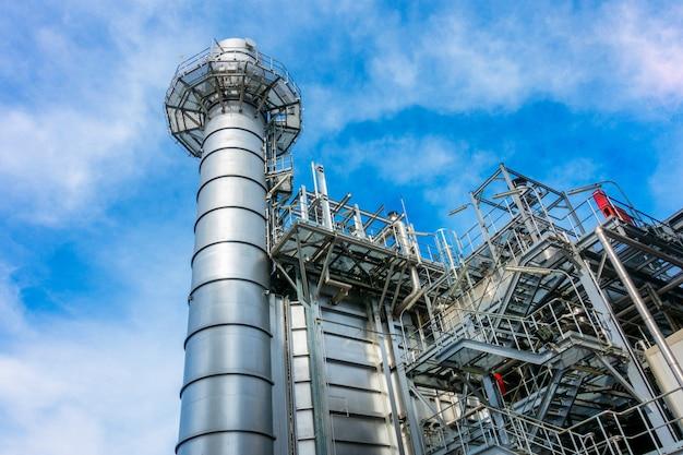 Elektriciteitscentrale, gecombineerde aardgascyclus, gasturbine generator en stack