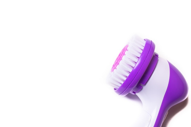 Elektrisch isoleer gezichtsmassager. paarse stimulator. gezichtsverzorging. cosmetologie.