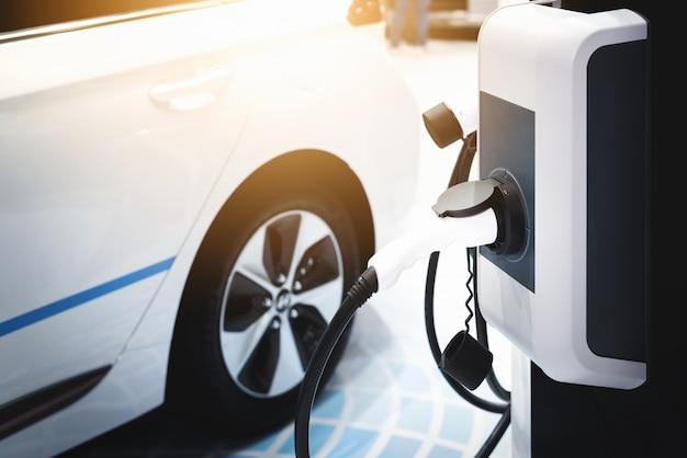 Elektrische auto, hybride elektrische auto laad energie.