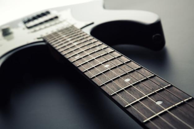 Elektrische gitaar toets. kantelbare weergave