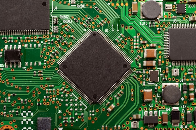 Elektronische bordcomponenten. moederbord digitale chip. detailopname