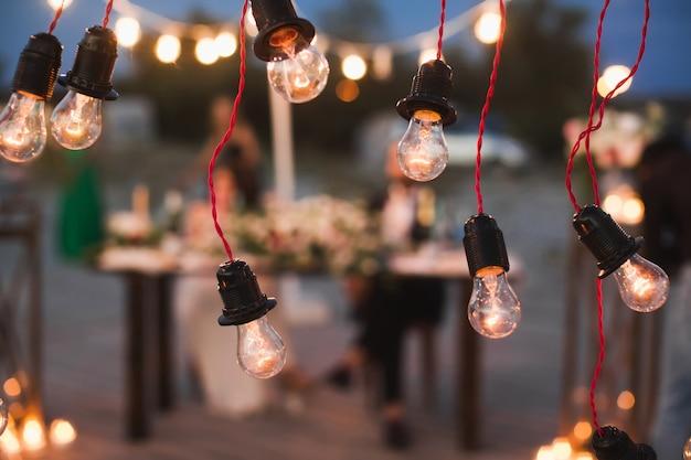 Elementen van het bruiloftsdecor van het avondbanket