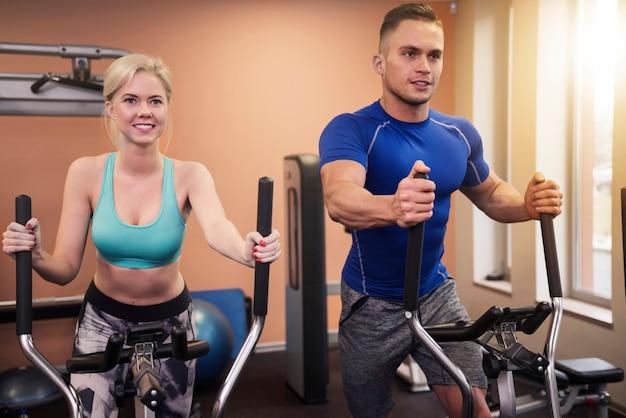 Elke spier doet mee aan deze oefening