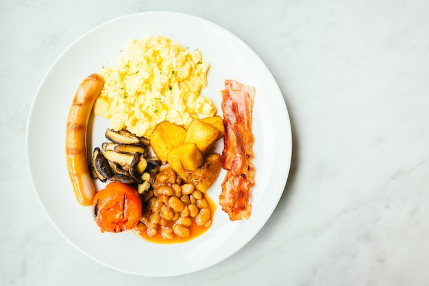 Engelse ontbijtschotel