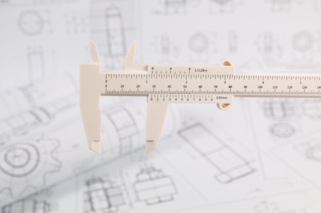 Engineering schuifmaat op papier tekeningen