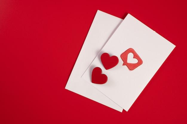 Envelop met harten