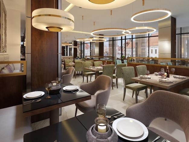 Er zijn banken stoelen met tafels decoratieve roestvrijstalen kolommen plafond grote kroonluchter met goud