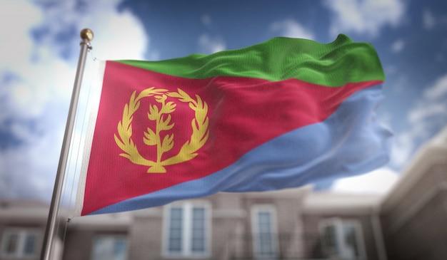 Eritrea vlag 3d-rendering op de achtergrond van de blauwe hemel