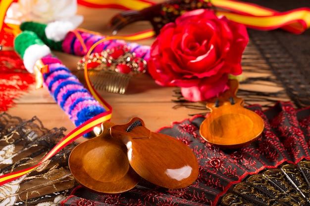 Espana typisch uit spanje met castagnetten flamenco-elementen
