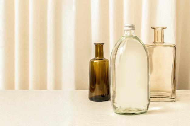 Esthetisch flessenstilleven, woondecoratie