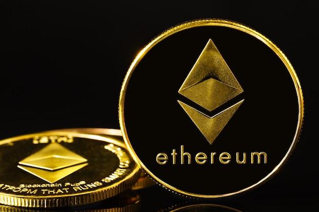 Ethereum cryptocurrency munt op zwarte achtergrond