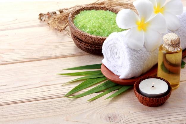 Etherische olie en mineralenzout. spa producten