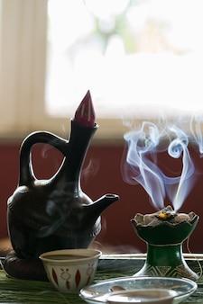 Ethiopische traditionele koffieceremonie