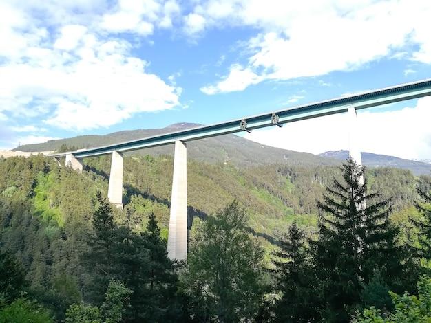 Europabrug bij innsbruck. hoogste brug van europa