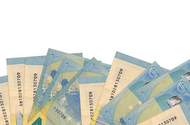 Eurorekeningen die op een witte ondergrond leggen