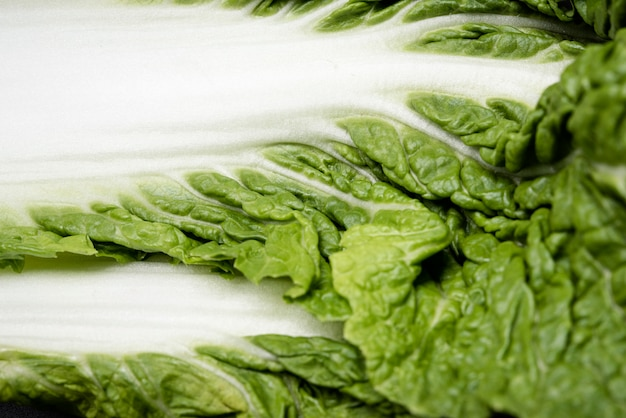 Extreem close-up groen en wit blad van salade