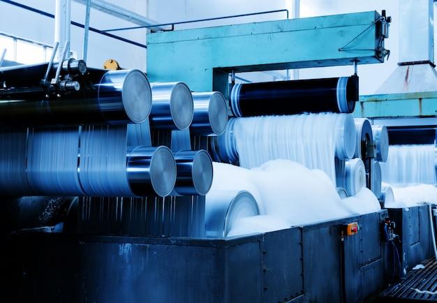 Fabriek bij de productie van draden